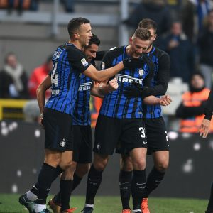 MILAN, ITALY - DECEMBER 03:  Milan Skriniar Of FC Internazionale Celebrates After Scoring The Fourth Goal During The Serie A Match Between FC Internazionale And AC Chievo Verona At Stadio Giuseppe Meazza On December 3, 2017 In Milan, Italy.  (Photo By Claudio Villa - Inter/Inter Via Getty Images) *** Local Caption *** Milan Skriniar